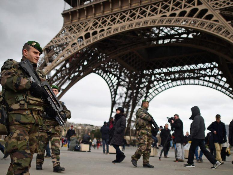 Paris_security_011215